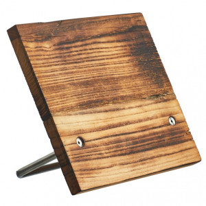 Magnetiskt knivblock i rustikt bränt trä